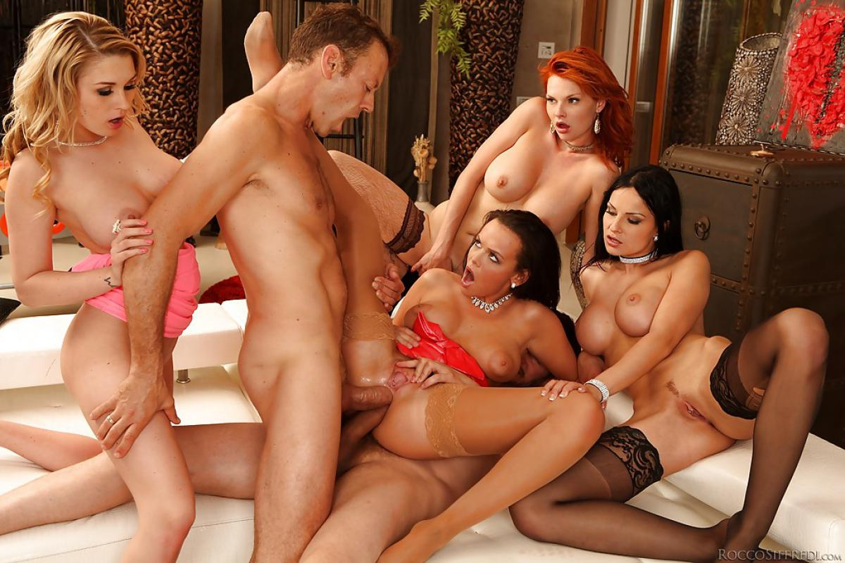Group sex tub, butt naked squirt girls
